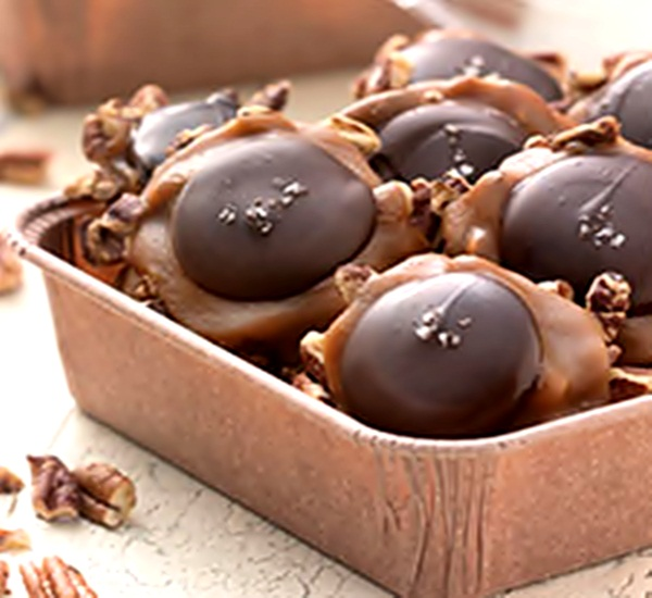 Salted Caramel Turtle Recipe | Fun and Food Cafe
