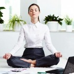 Yoga at Work – 5 Minute Neck Stretches